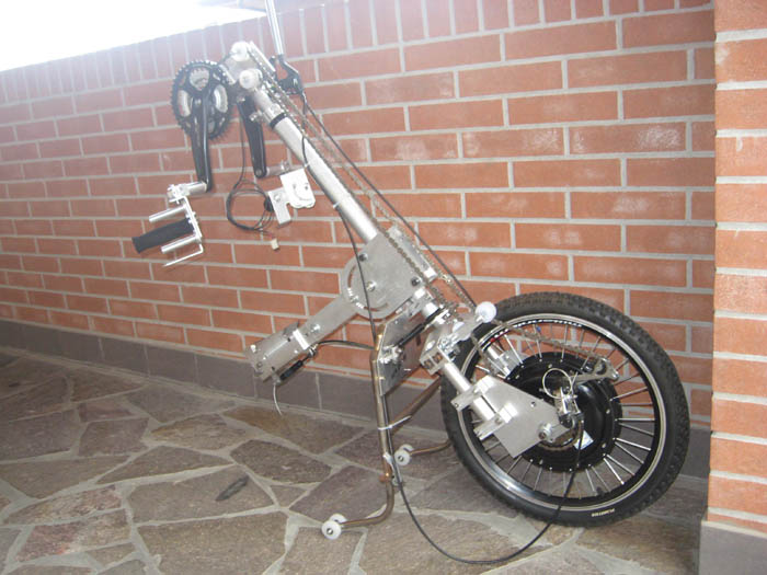 Forum indipendente biciclette elettriche pieghevoli e for Vecchio in sedia a rotelle