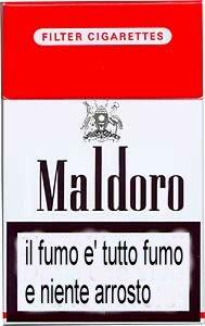 Le sigarette fumanti smesse fumo una sigaretta elettronica